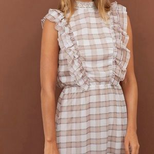 H&M Grey Plaid dress size 4US Tags Attached